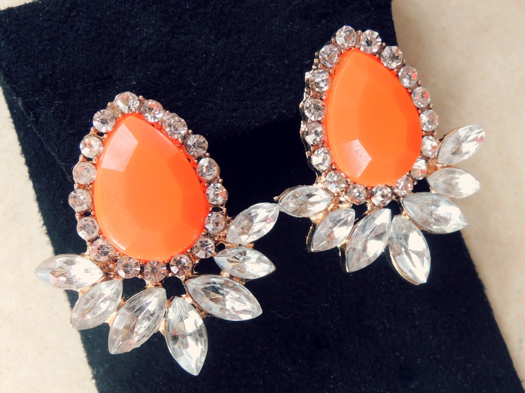 east and linbrooke earrrings - 10 percent off