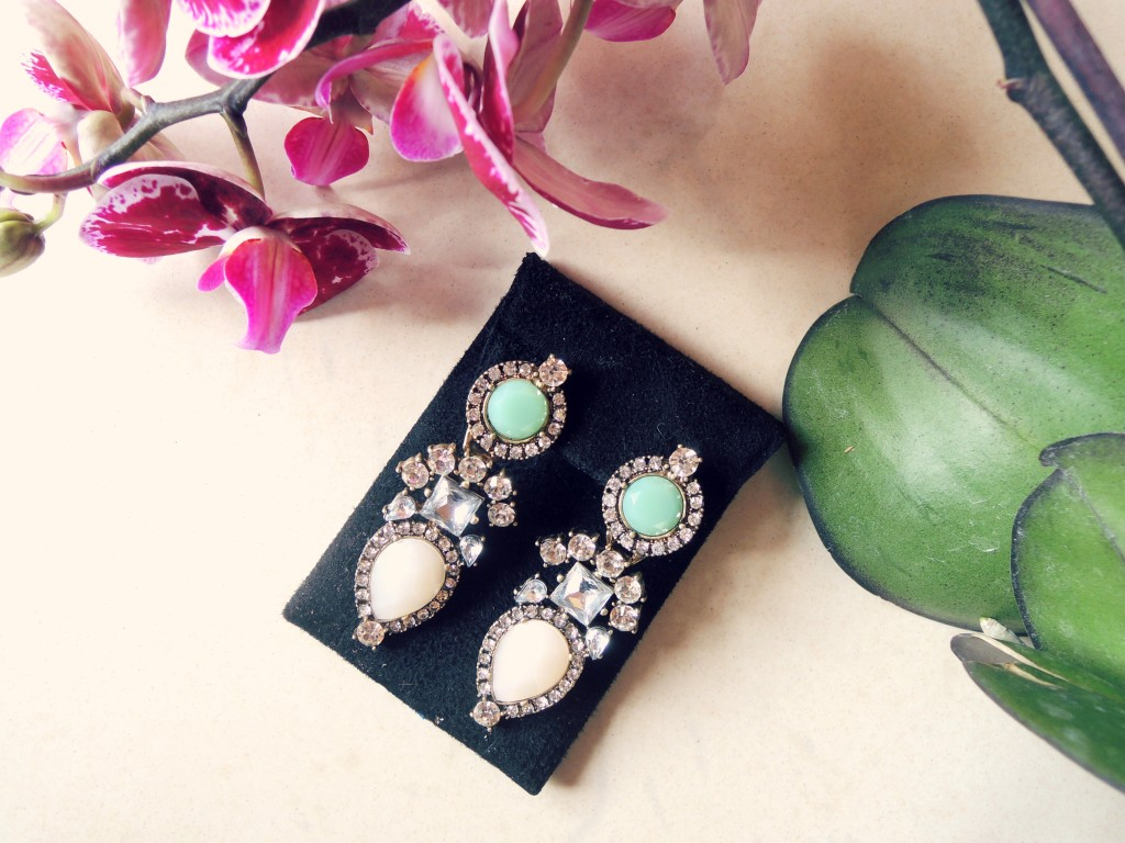 rara de barr - contessa earrings - giveaway