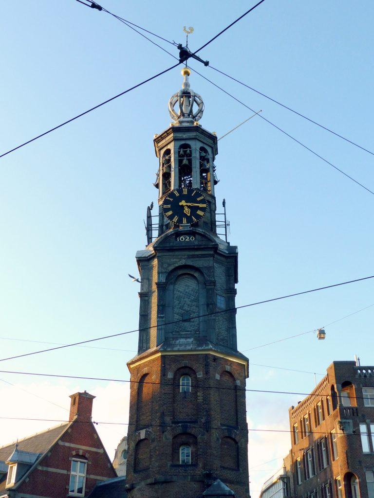 dam square clock amsterdam