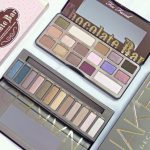 Battle Of The Palettes: Urban Decay 'Naked' Vs. Too Faced 'Chocolate Bar'